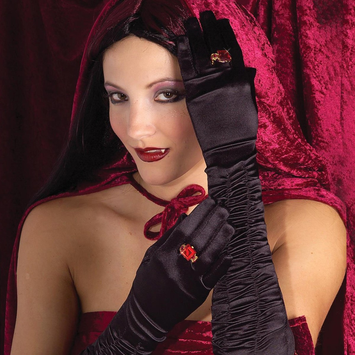 how to make gothic clothing at home