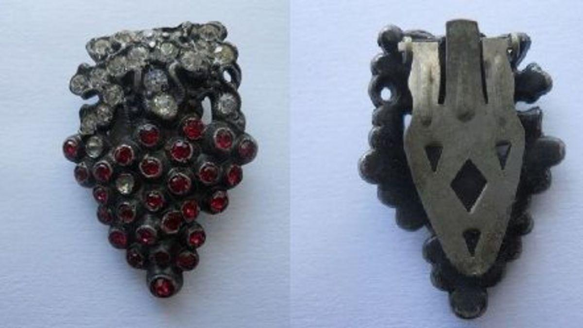 vintage-jewelry-dress-clip
