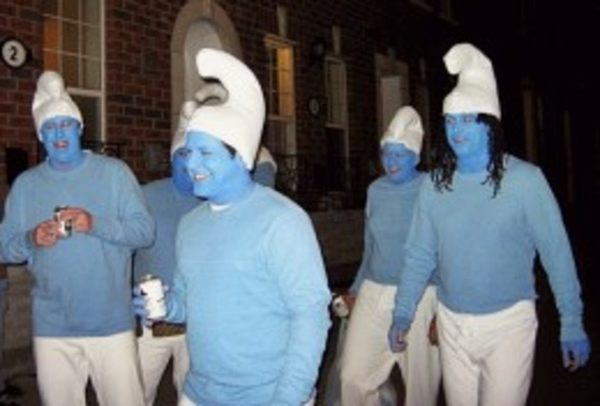 Halloween Smurfs by Free Flower [CC BY-SA 2.0] on Flickr