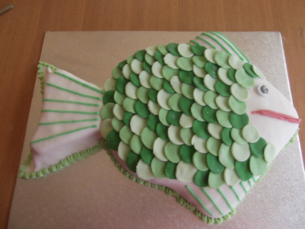 A celebration fish shaped cake!