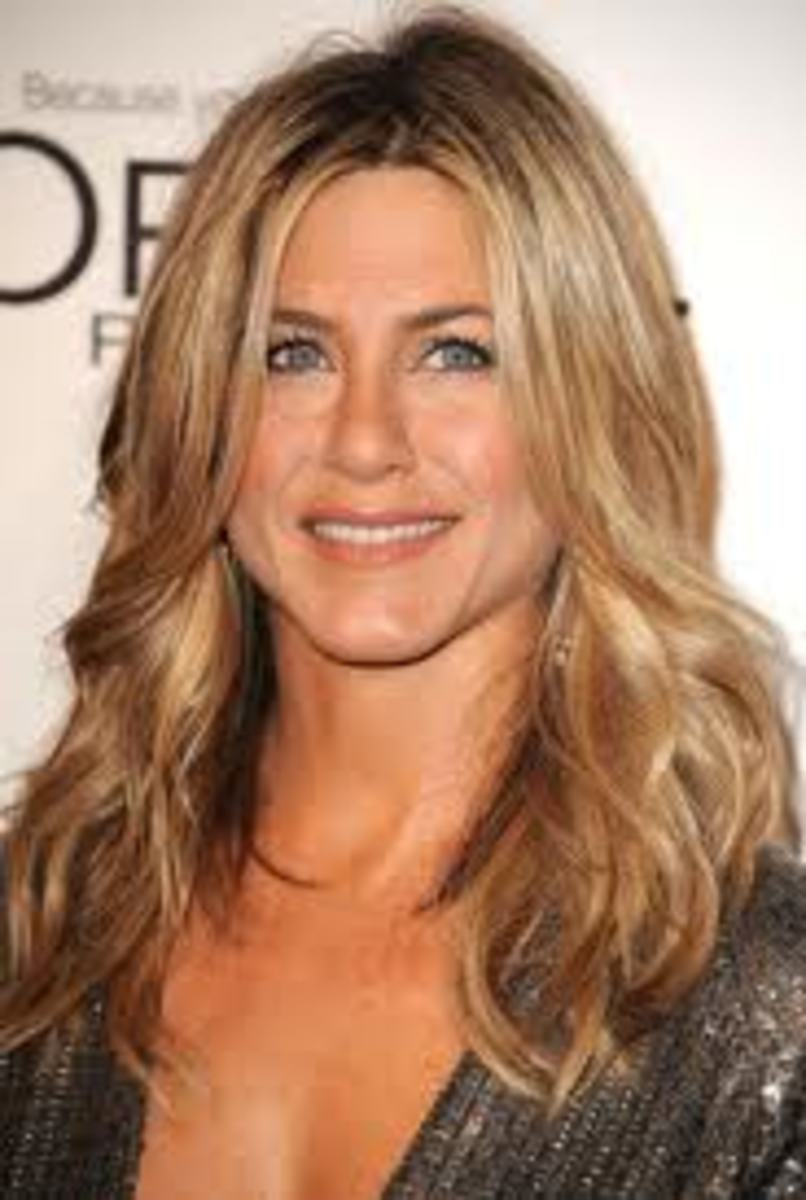Jennifer Aniston with Sandy Blonde Hair
