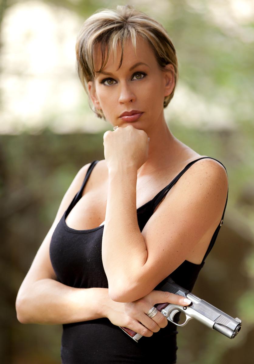 Interview with Television star Renee Wyatt of American Guns and Gunsmoke