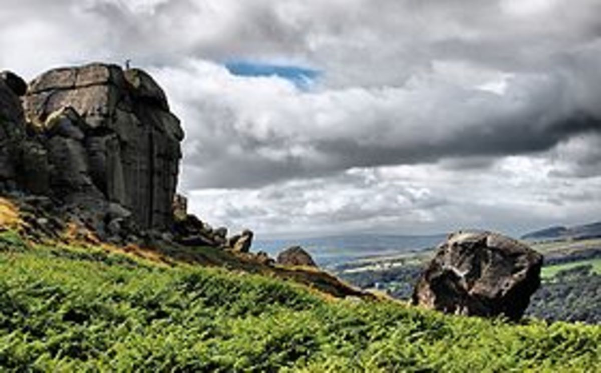 The Cow and Calf Rocks  A favourite of climbers and Lovers alike.