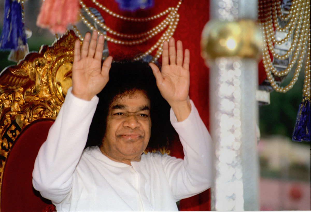 3 poignant stories of Bhagawan Sri Sathya Sai Baba full of insight