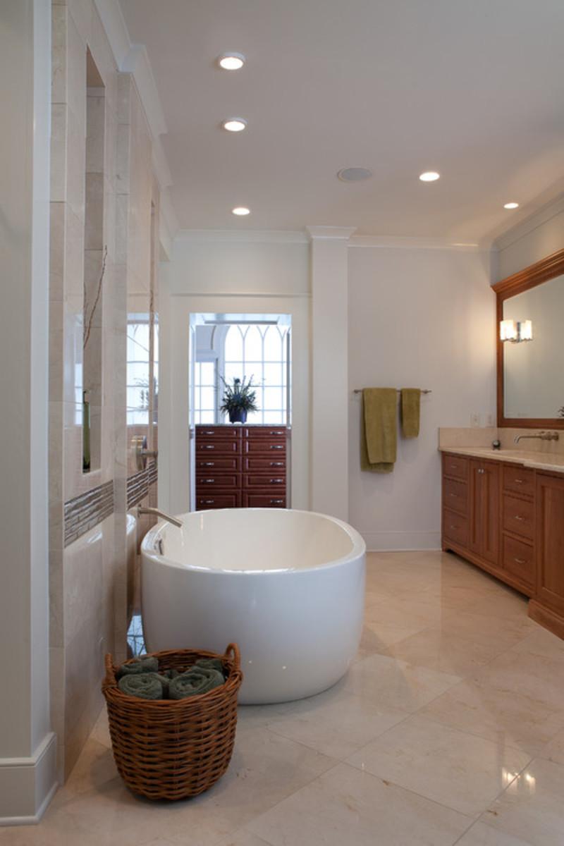 Traditional Bathroom design by Atlanta Architect Kemp Hall Studio