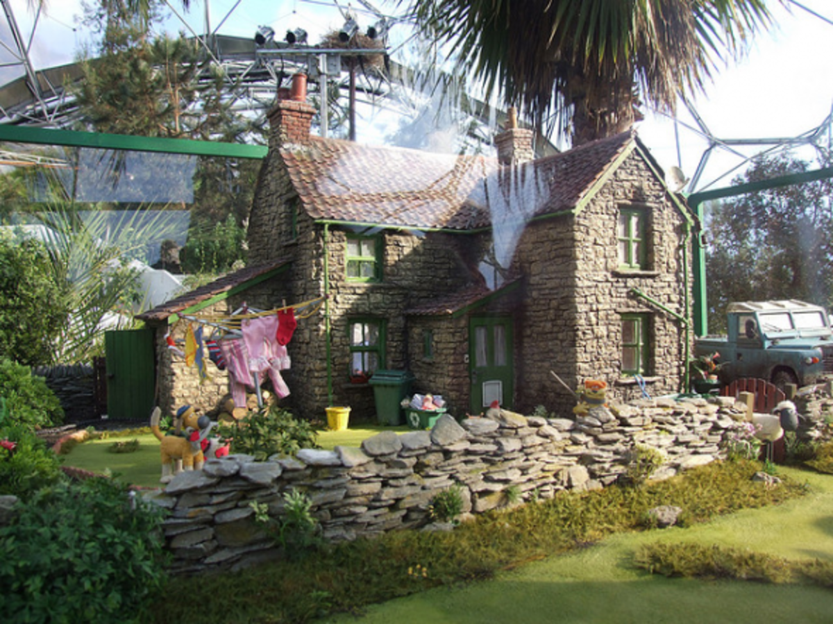 This set is displayed as part of the Aardman Animations exhibition at the Eden Project in Cornwall, U.K. Aardman are the creators of the world-famous Wallace & Gromit films - which got me interested in stop-motion in the first place.