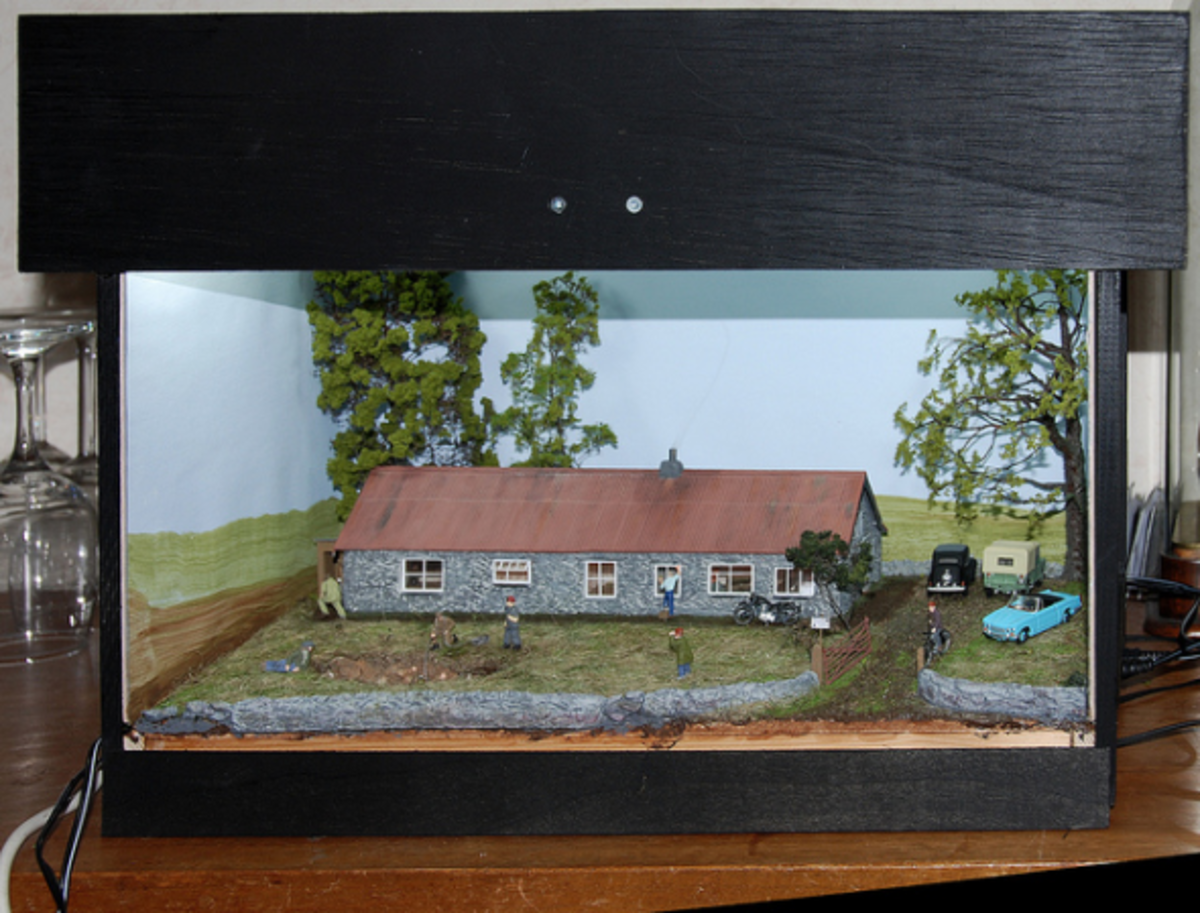 cottage-model-diorama