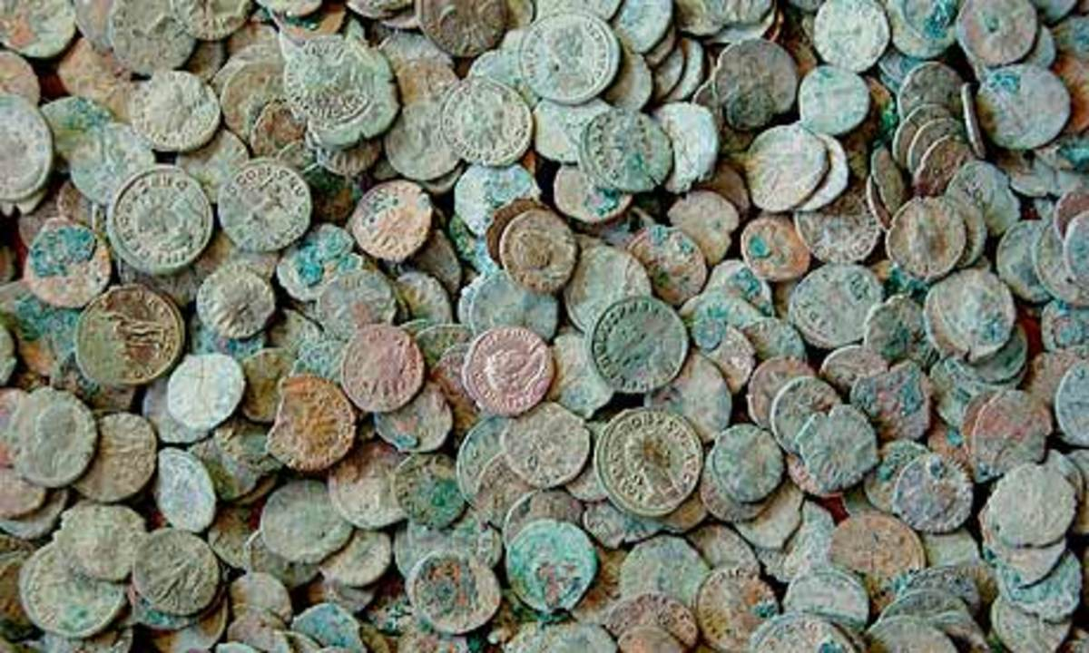 A massed collection of coins. These became 'legal tender' in the British Isles long before coins were accepted as payment for goods in Scandinavia in the late 10th Century