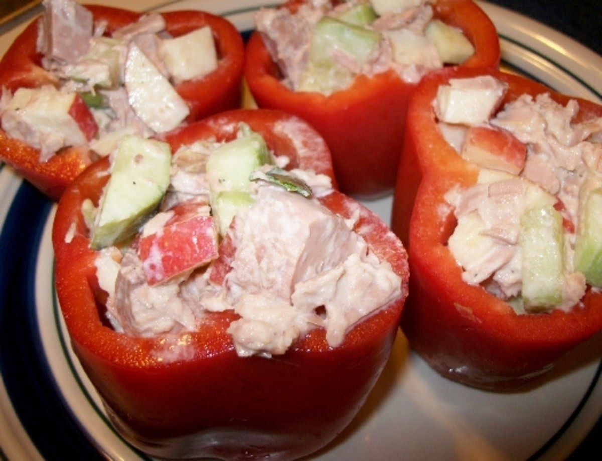 Tuna Salad in Bell Pepper Cups