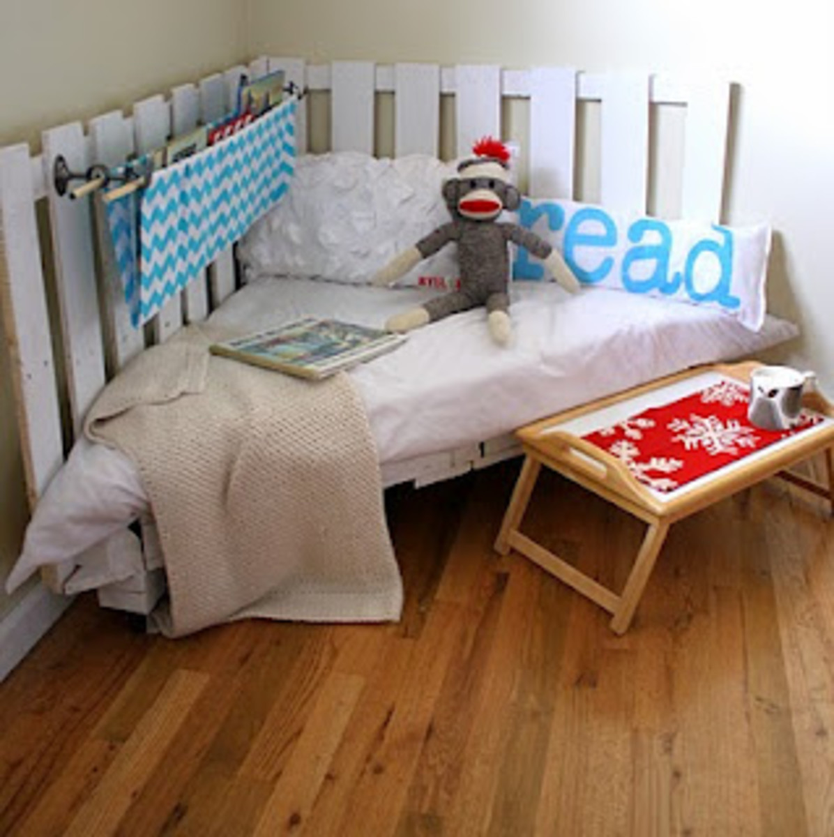 10 Affordable DIY Toddler Beds
