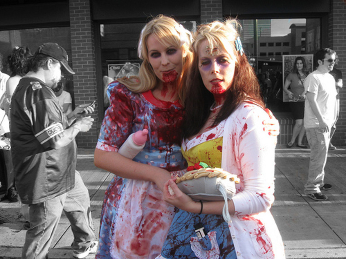 housewife-halloween-costume-idea-zombie-50s-housewife