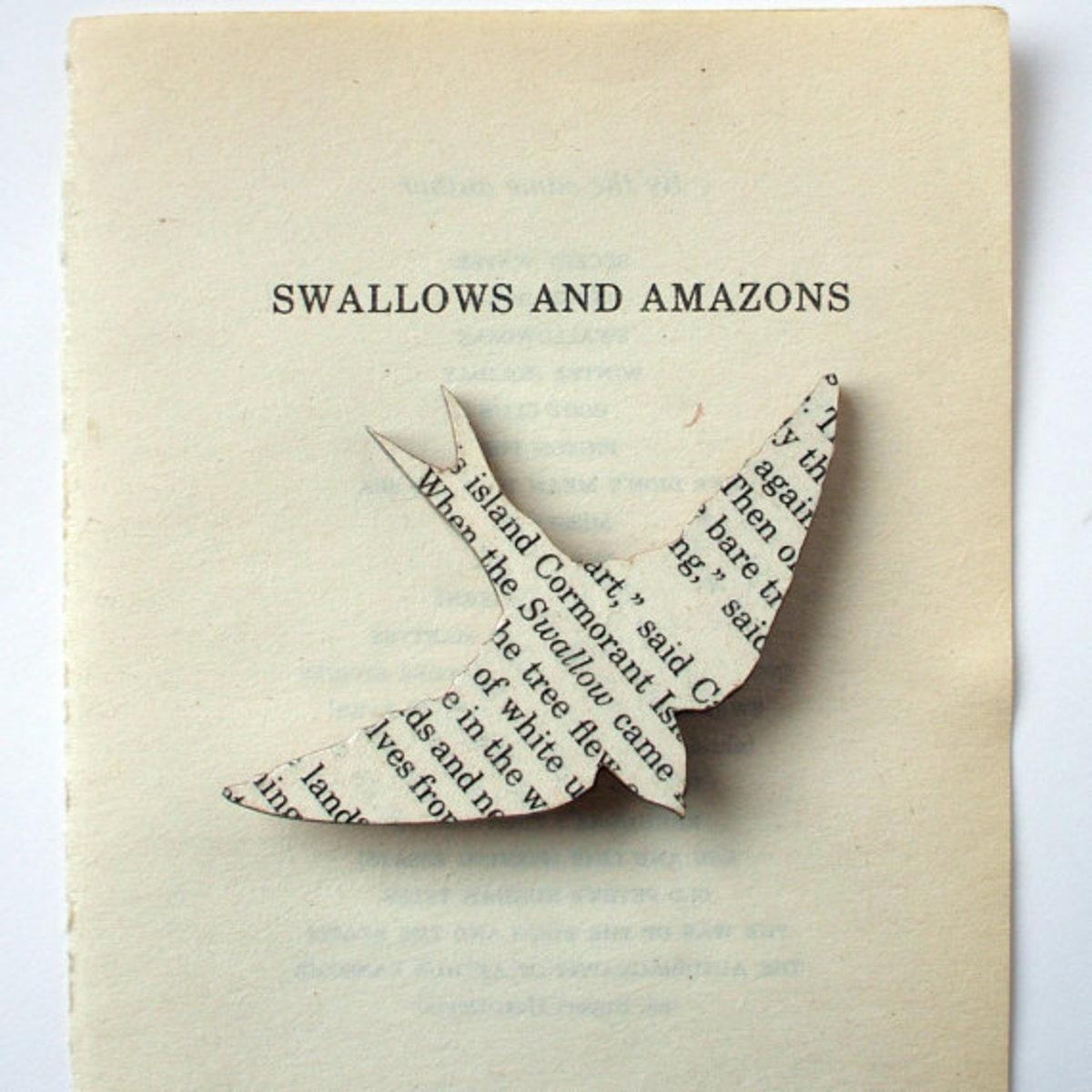Book inspired bird brooch