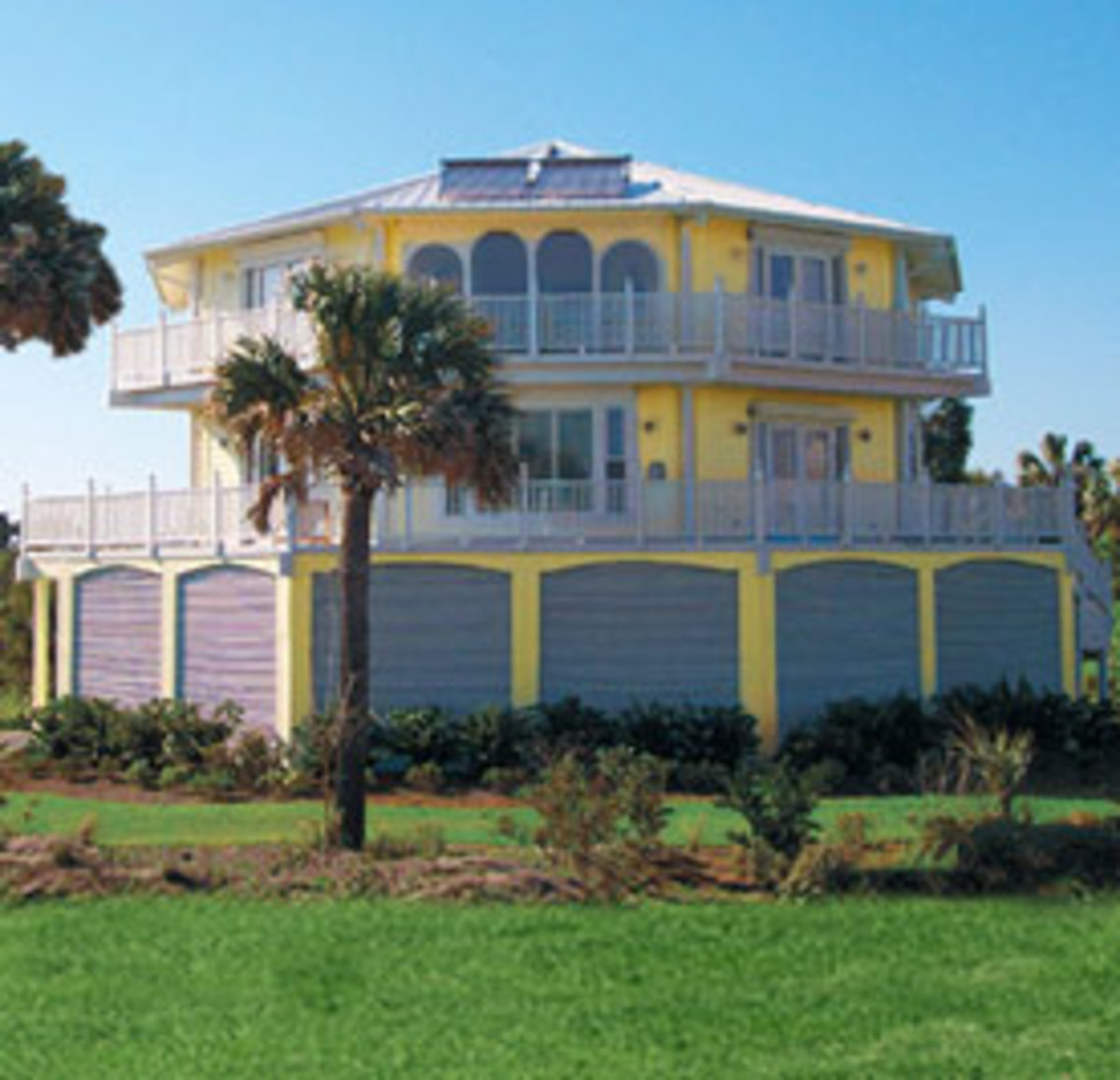 hurricane proof home off the coast of southern florida