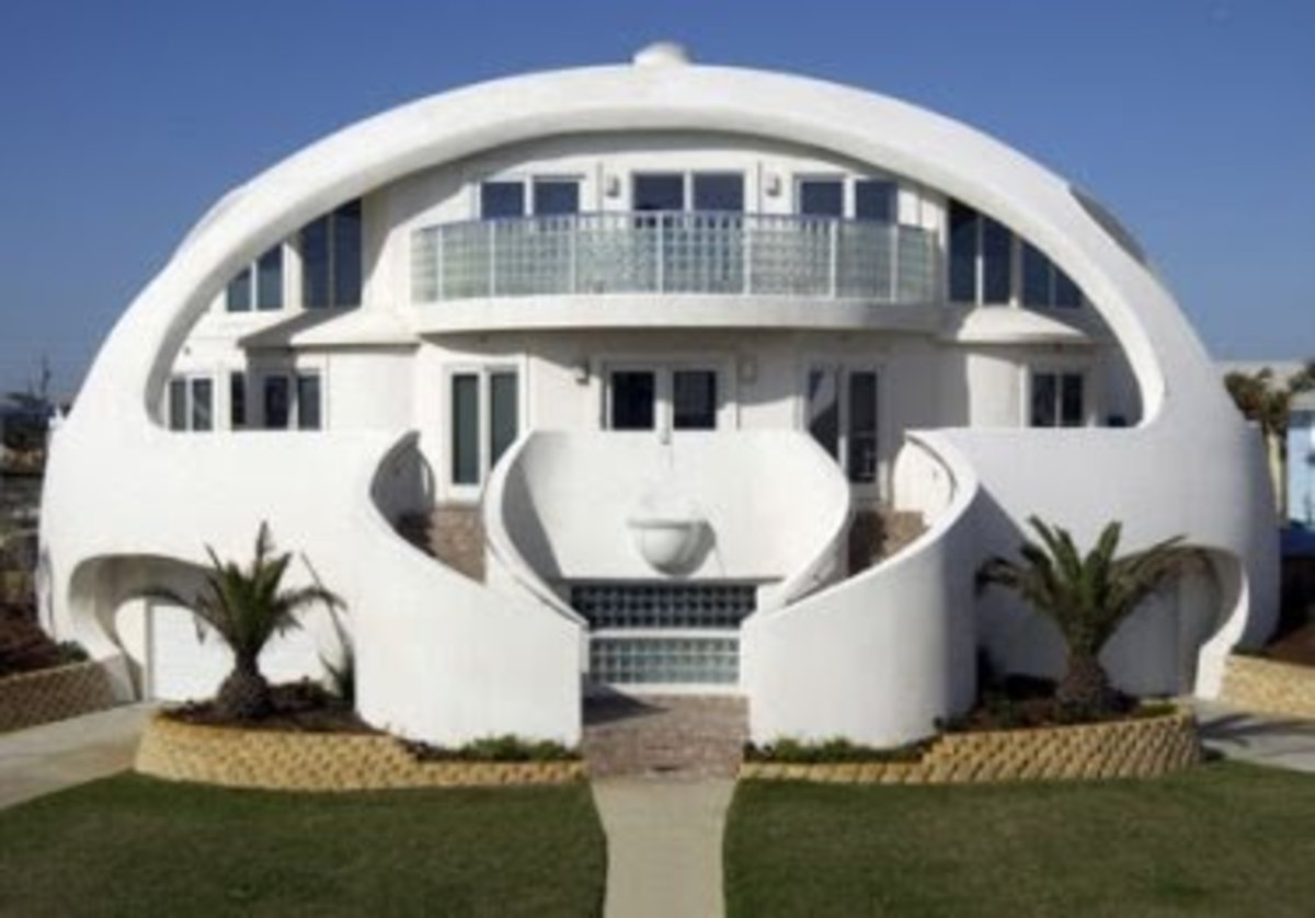 This house can withstand the force of a Hurricane thanks to the owners ingenious inventions.