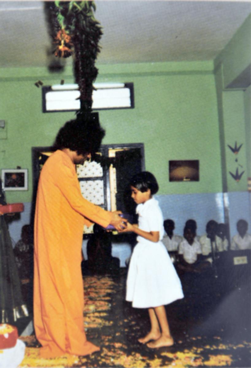 Swami would personally distribute prizes for even the class competitions in the hostel prayer hall.