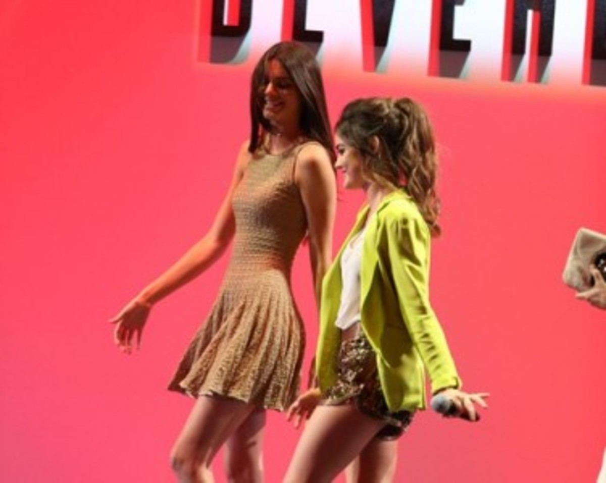 Kendall Jenner Thin in Tan Sleeveless Minidress, with Sister Kylie