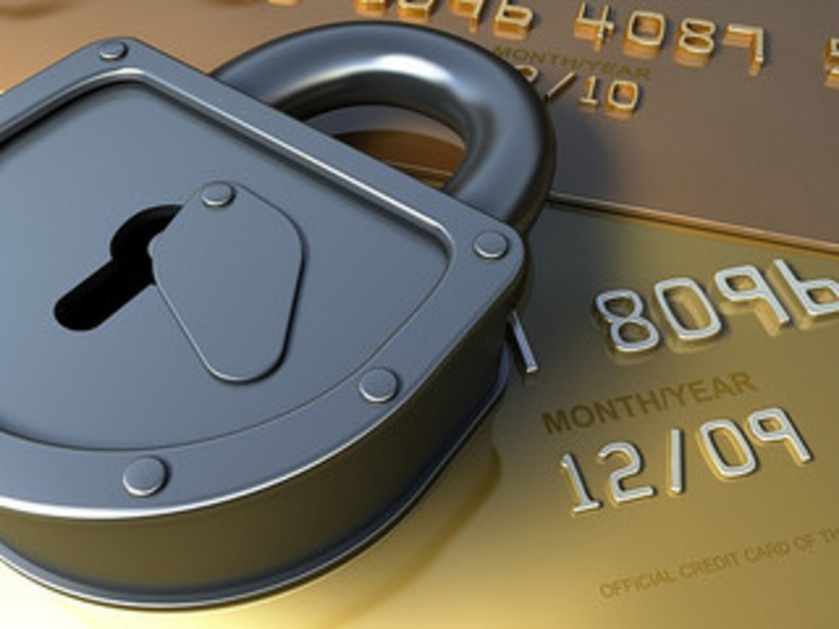 How safe is to give out Last Four Digits of Credit Card?