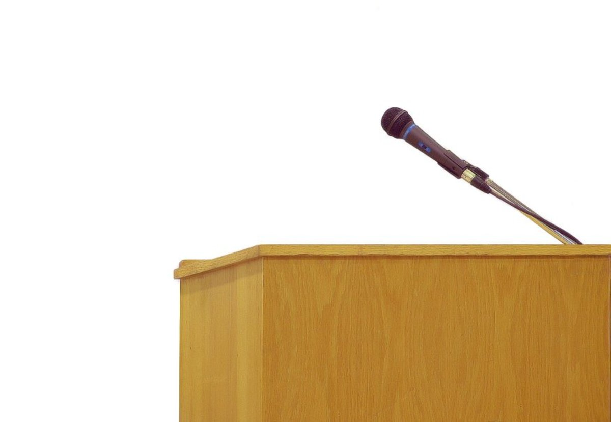 How to overcome the fear of public speaking: Tips to build oratory skills