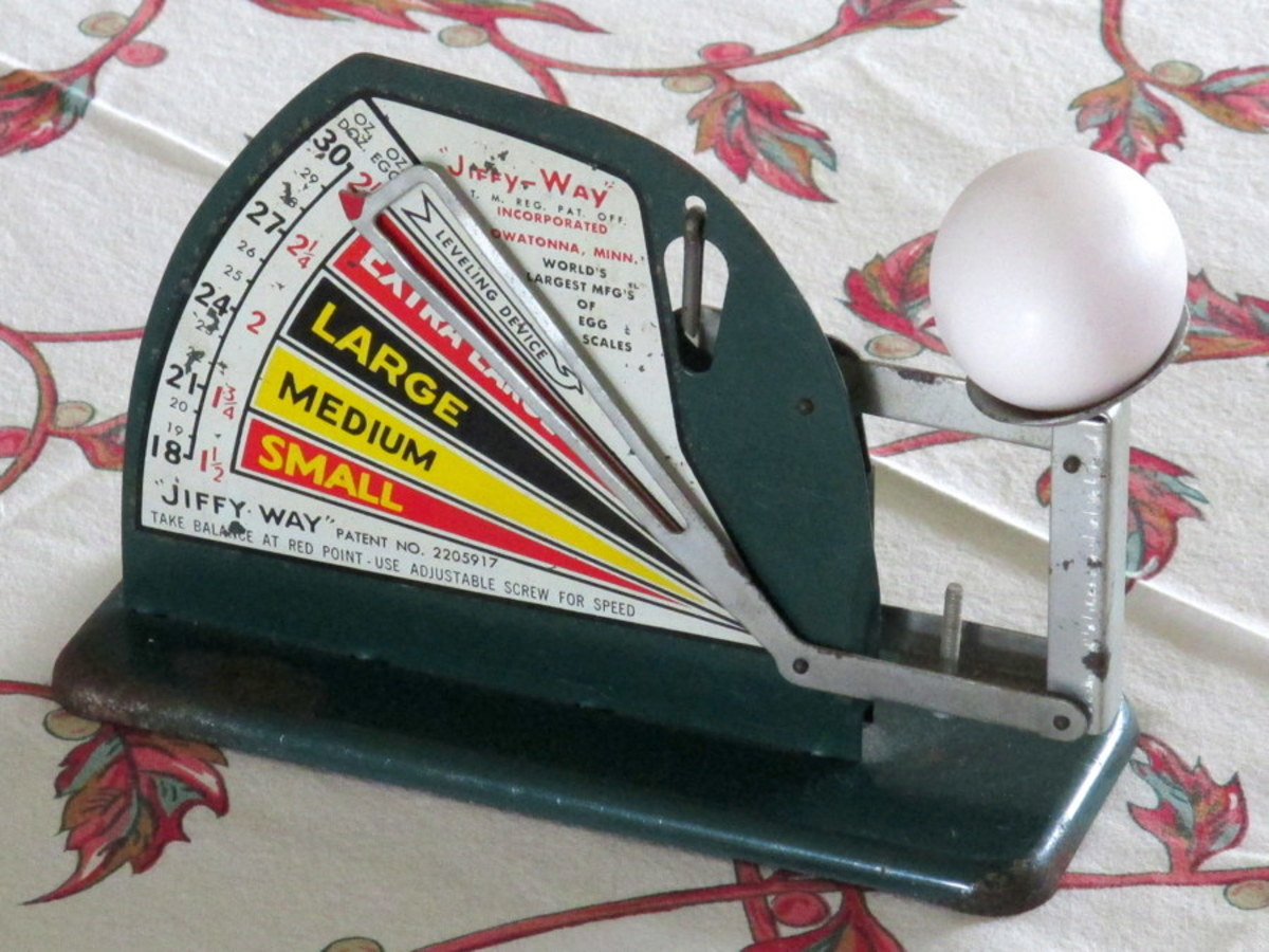 Vintage Egg Scales - Chicken Collectibles