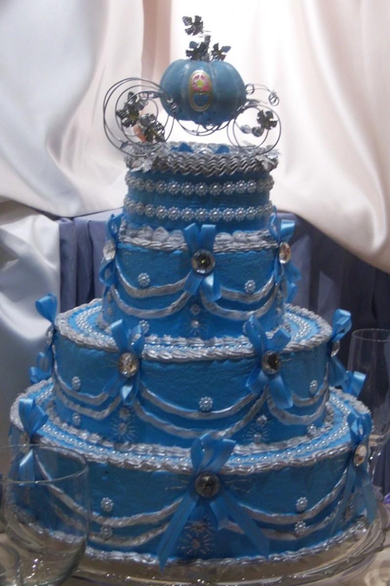 A blue Cinderella wedding cake