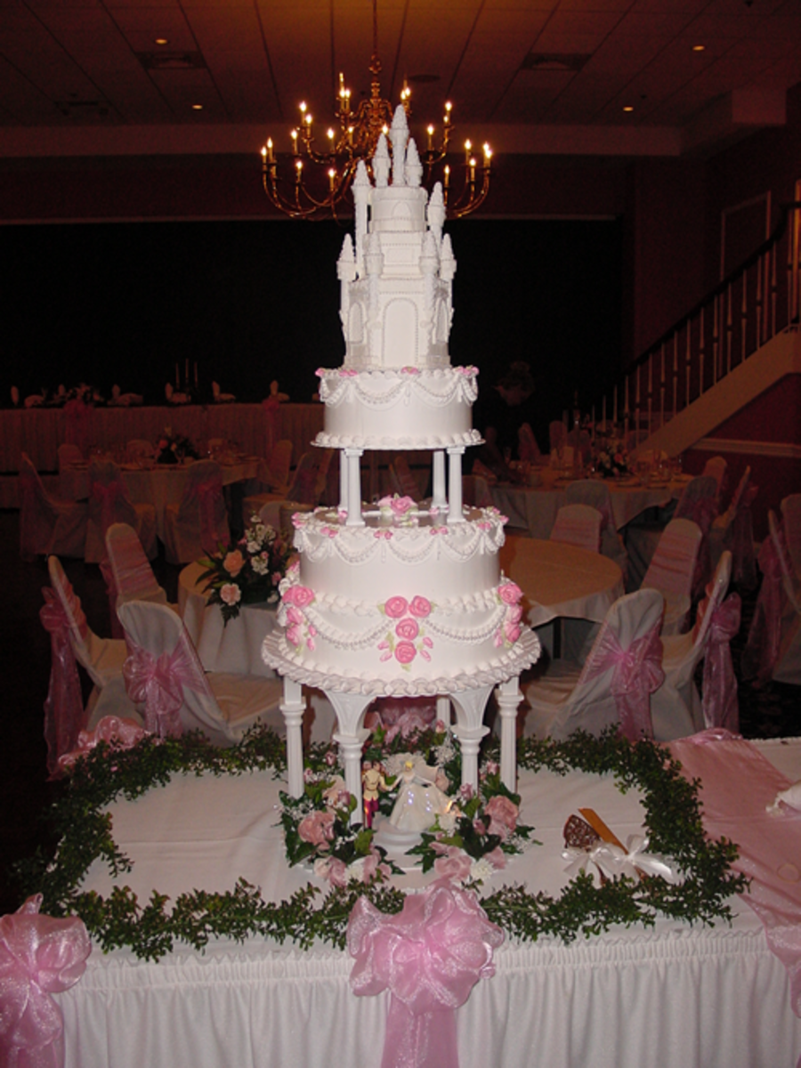 A lovely castle wedding cake. Really gives you that whole Disney feel.