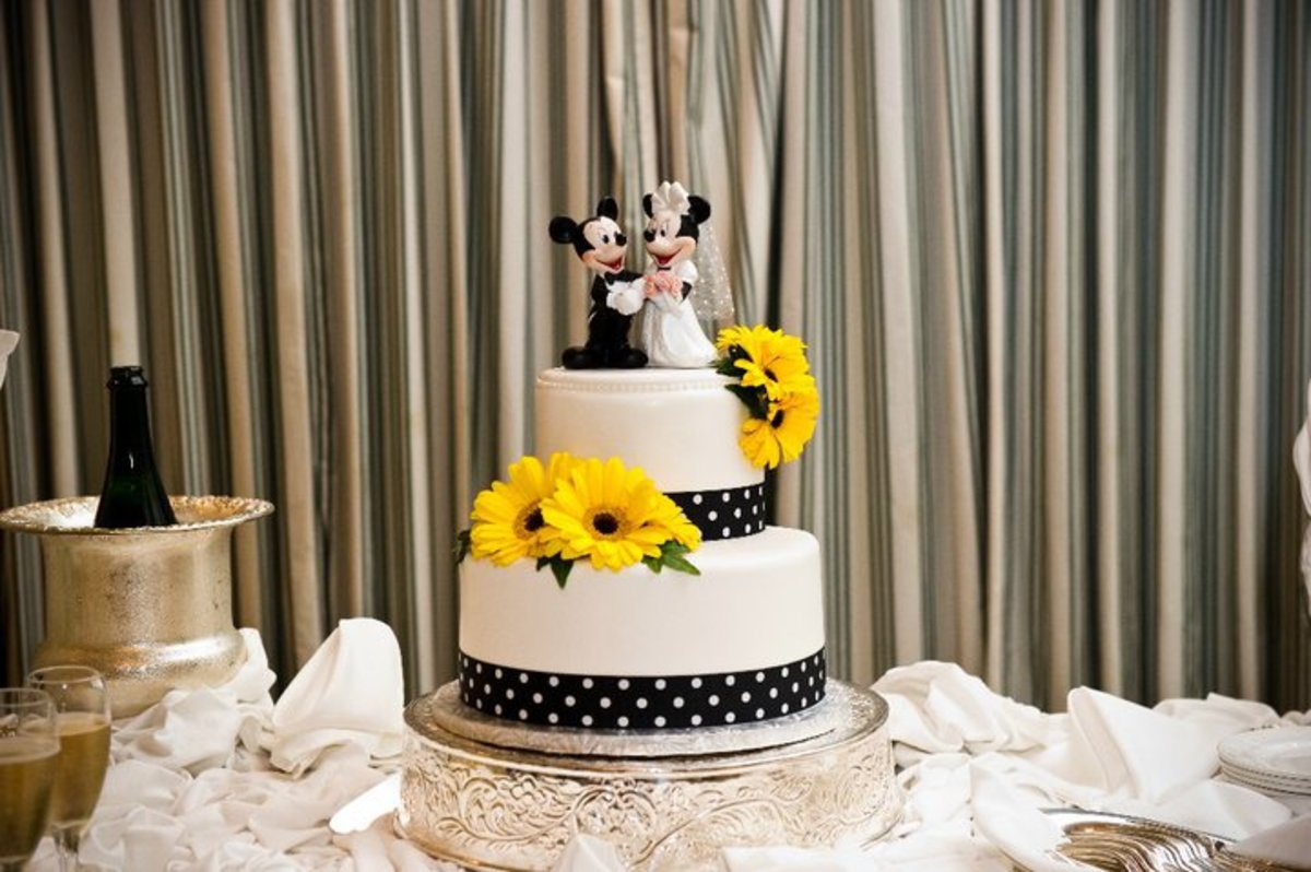 Top 10 Disney Fairy Tale Wedding Cakes