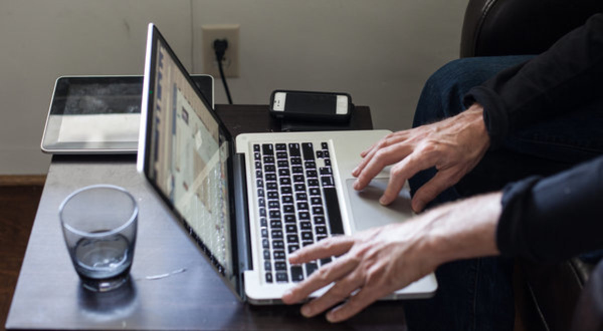 Tech Firms are uneasy over the effect time online has on relationships; these tech firms advise people to step a bit away from their gadgets....