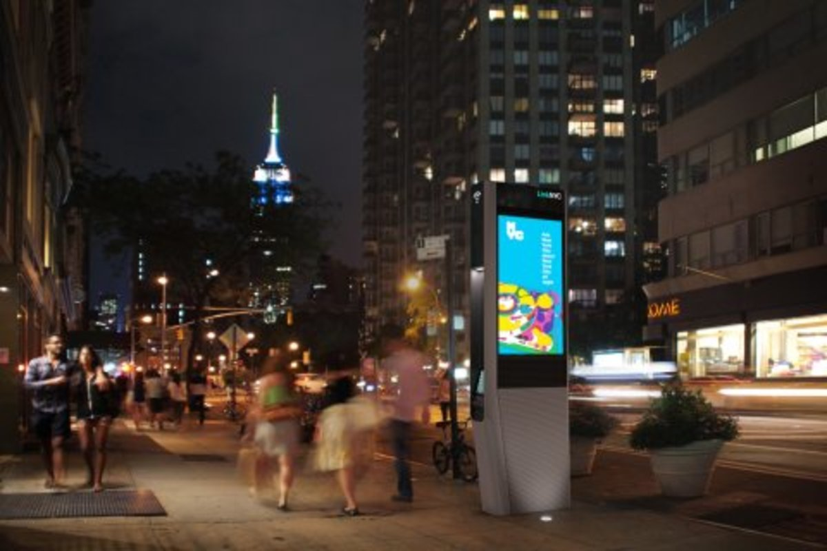 "By the end of next year, New Yorkers will be able to access free, fast public Wi-Fi across all five boroughs. The plan, called LinkNYC, will replace the city's aging pay phone system with ""Links."" Links are hubs for free Wi-Fi that run at up to gigab"