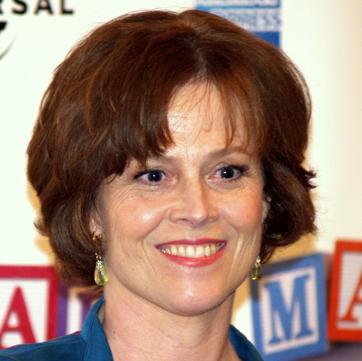 Sigourney Weaver, married since 1984