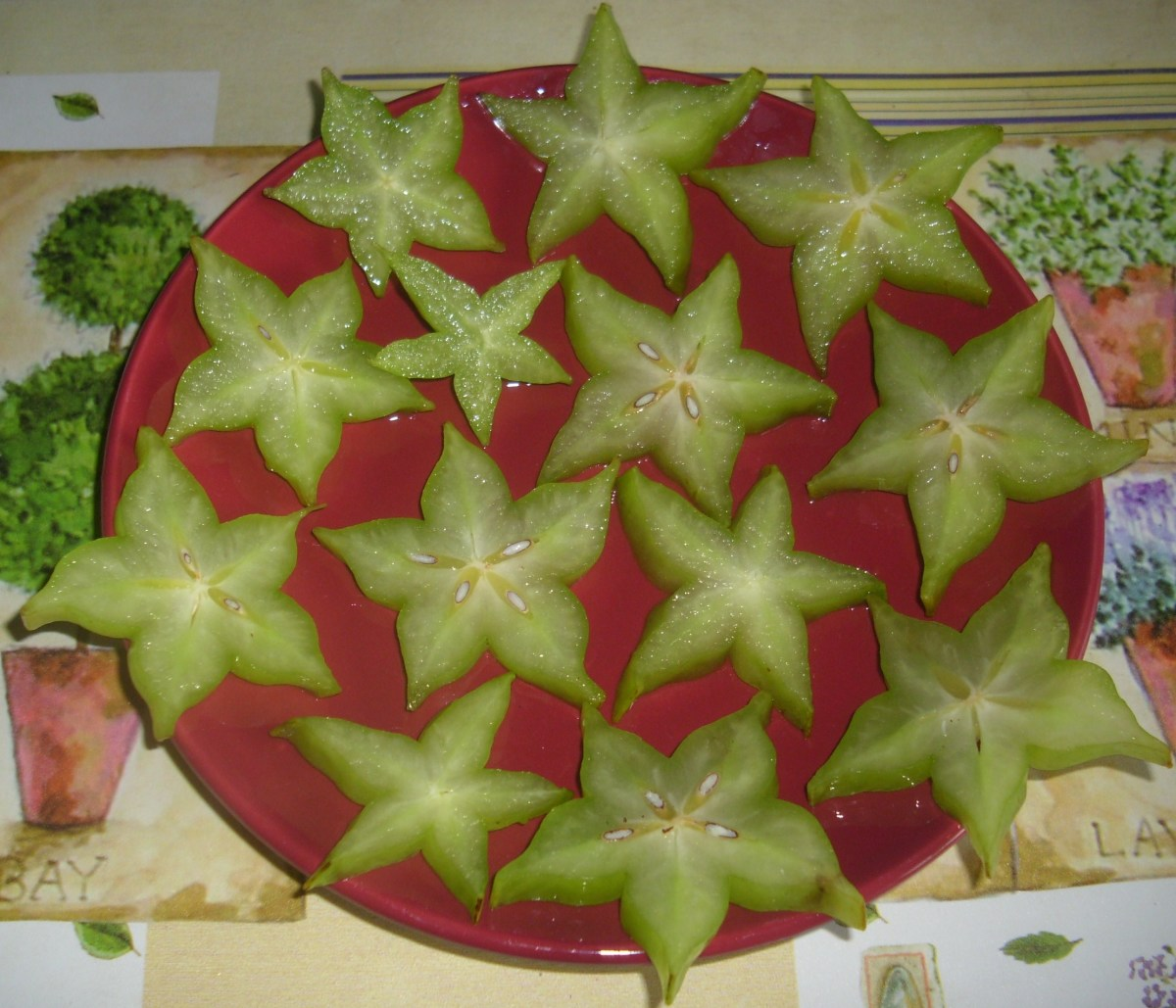 Sliced Star Fruit, Carambola or Balimbing