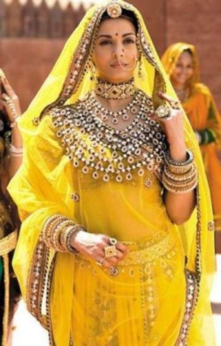 Aishwarya Rai Bachchan as Jodhaa
