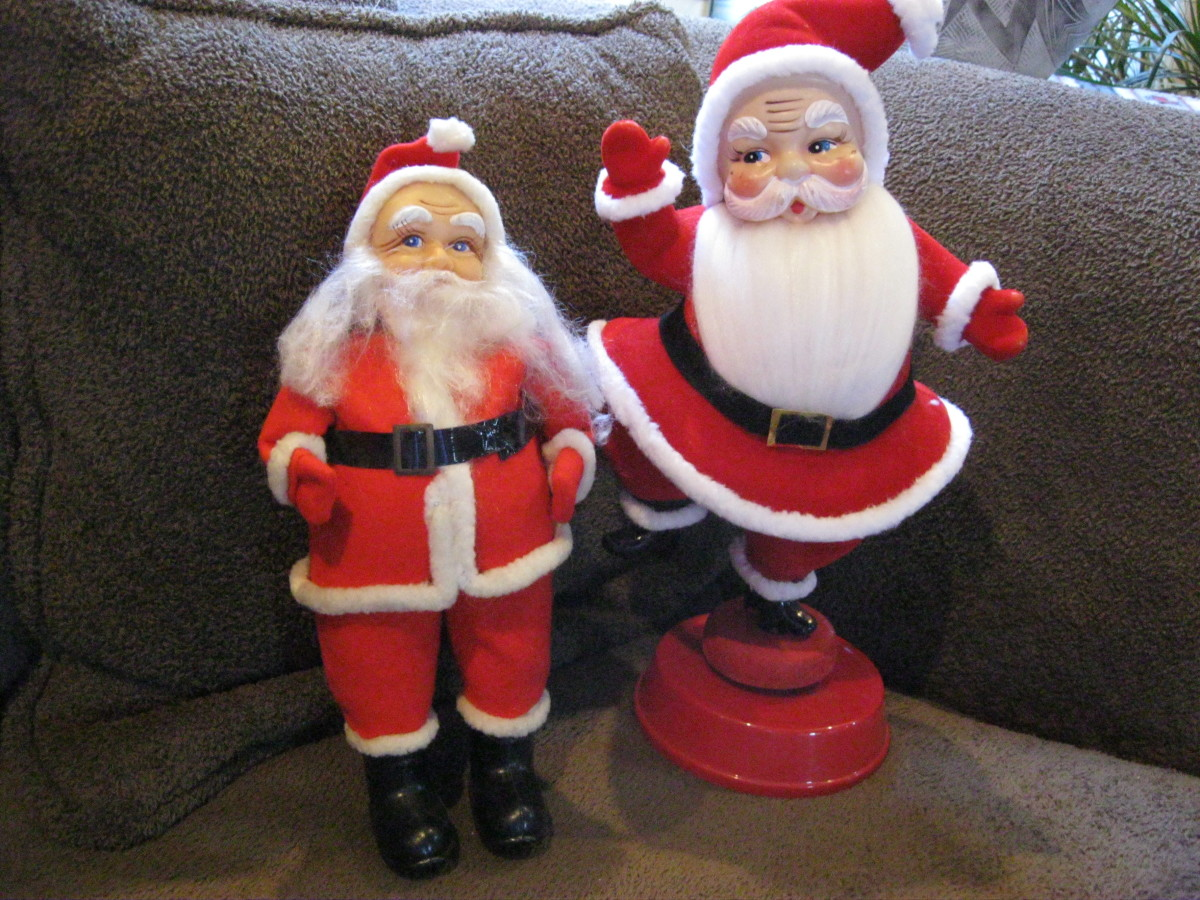 Blow Mold Santas, red flocking, plastic black belts, synthetic beards