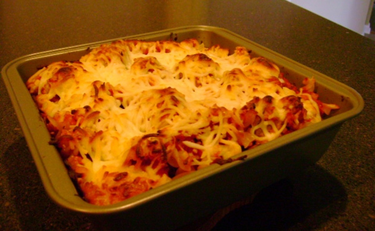 Recipe for Easy Meatball and Pepperoni Pasta Casserole