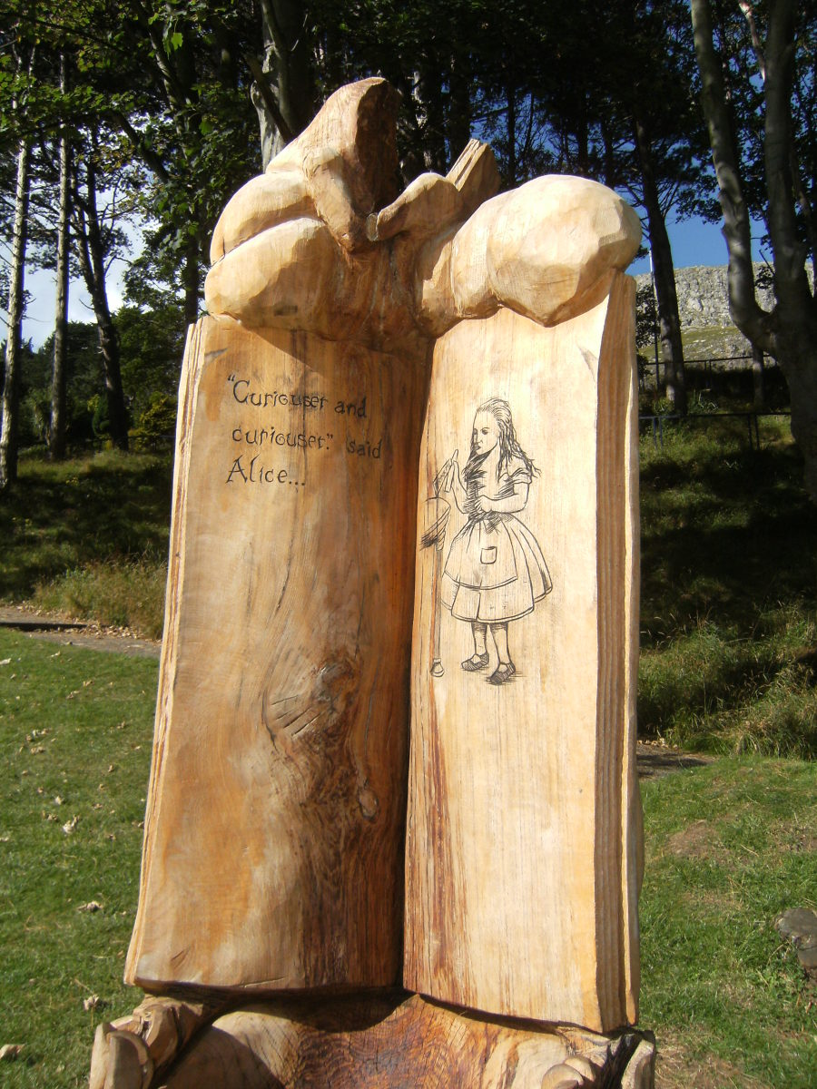 Alice in Wonderland Trail in Park