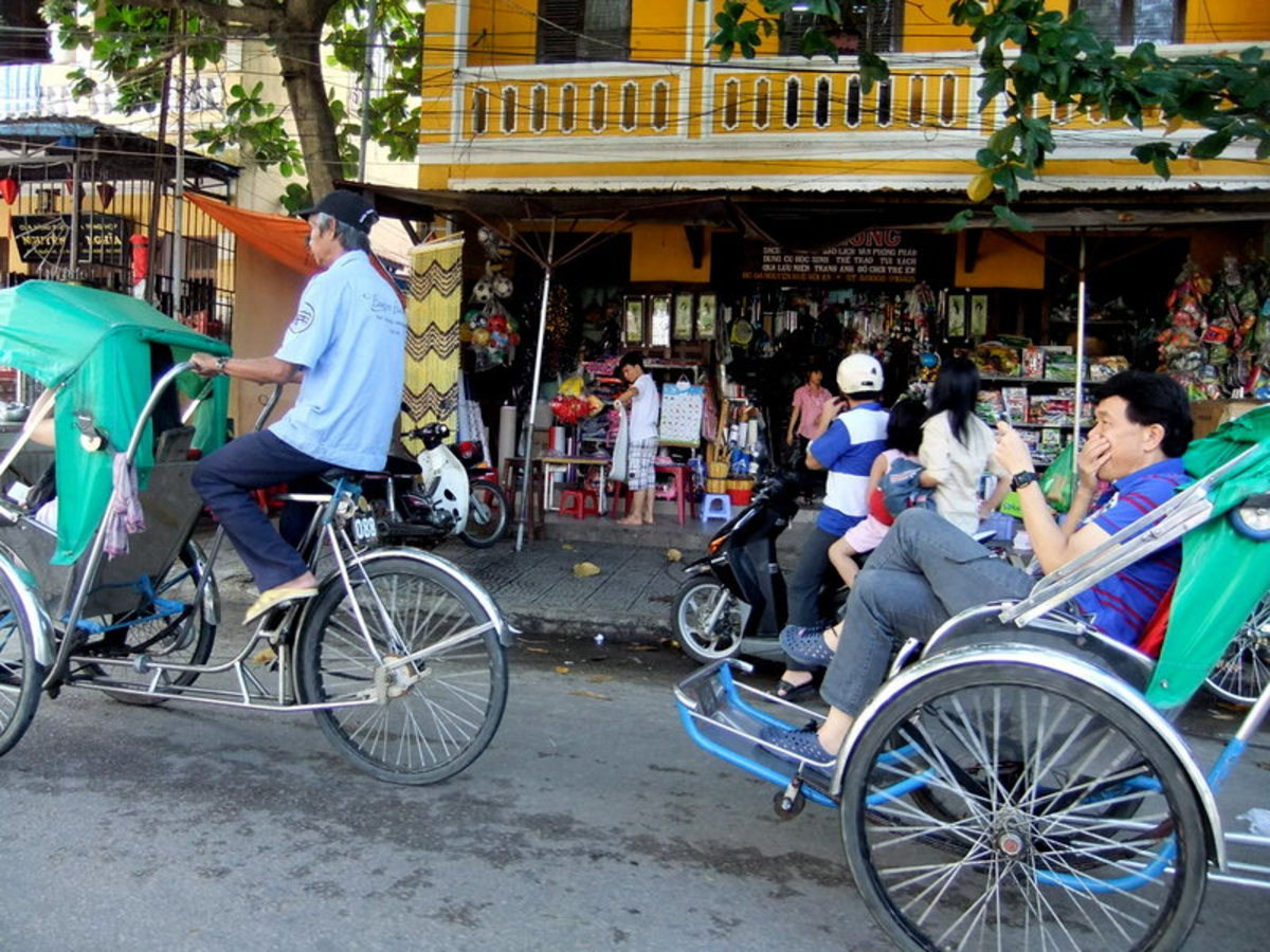 My travel to Vietnam: Cyclos are now mainly use by tourists in Hue and Hoi An