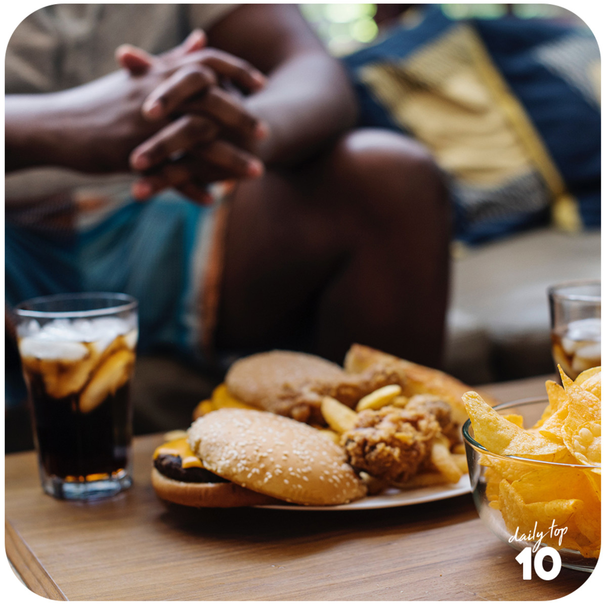 Junk foods are known to contain little nutrients, have tons of preservatives added, and are not as satisfying compared to their healthier counterparts.