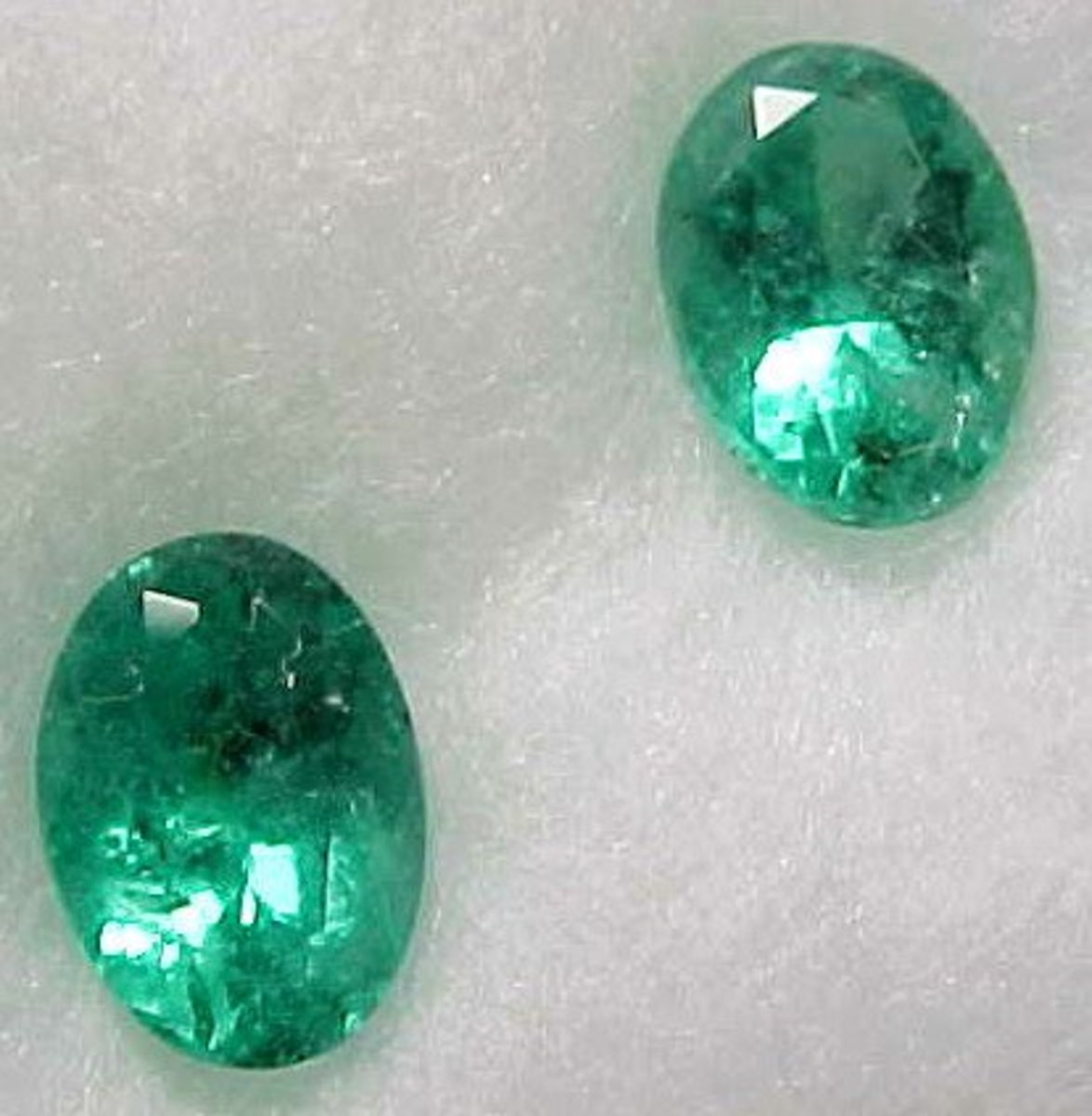 Natural Colombian Emeralds (No Oil)