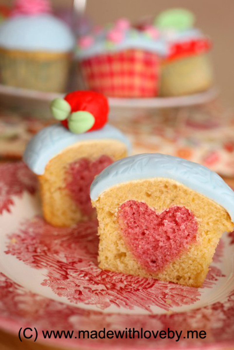How to bake Cupcakes with hearts in