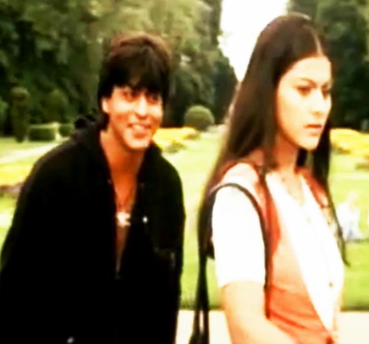 Shahrukh Khan & Kajol in Ho gaya hai tujhko to pyar ...