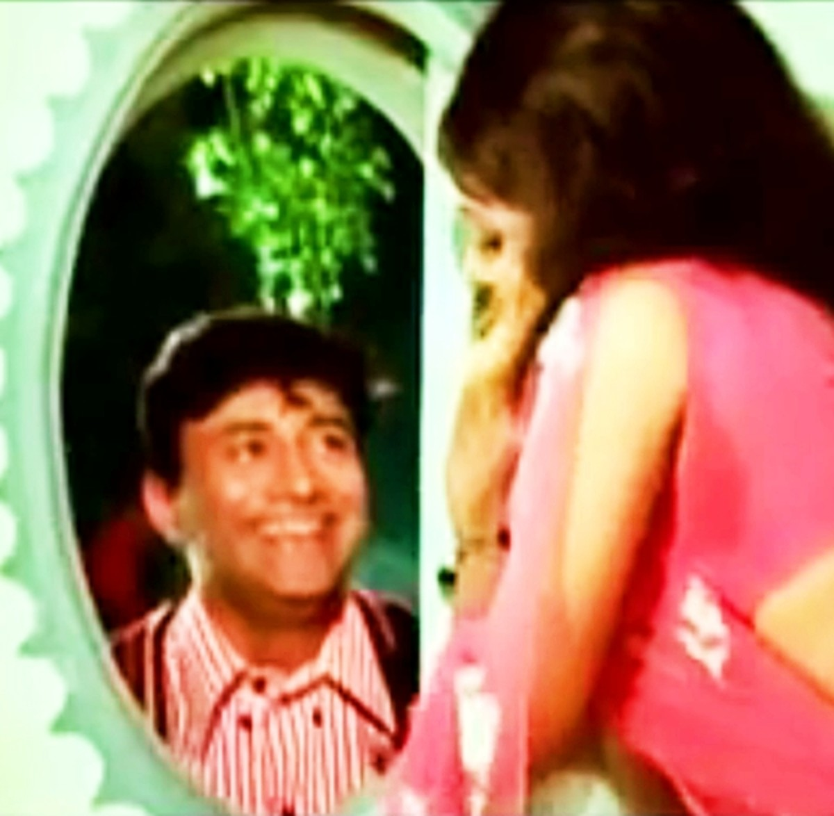 Dev Anand & Hema Malini in Pal bhar ke liye koi .....