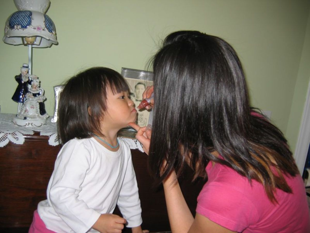 kids love the color and taste of lip gloss so making your own is a great way of having both without any chemicals or toxins.