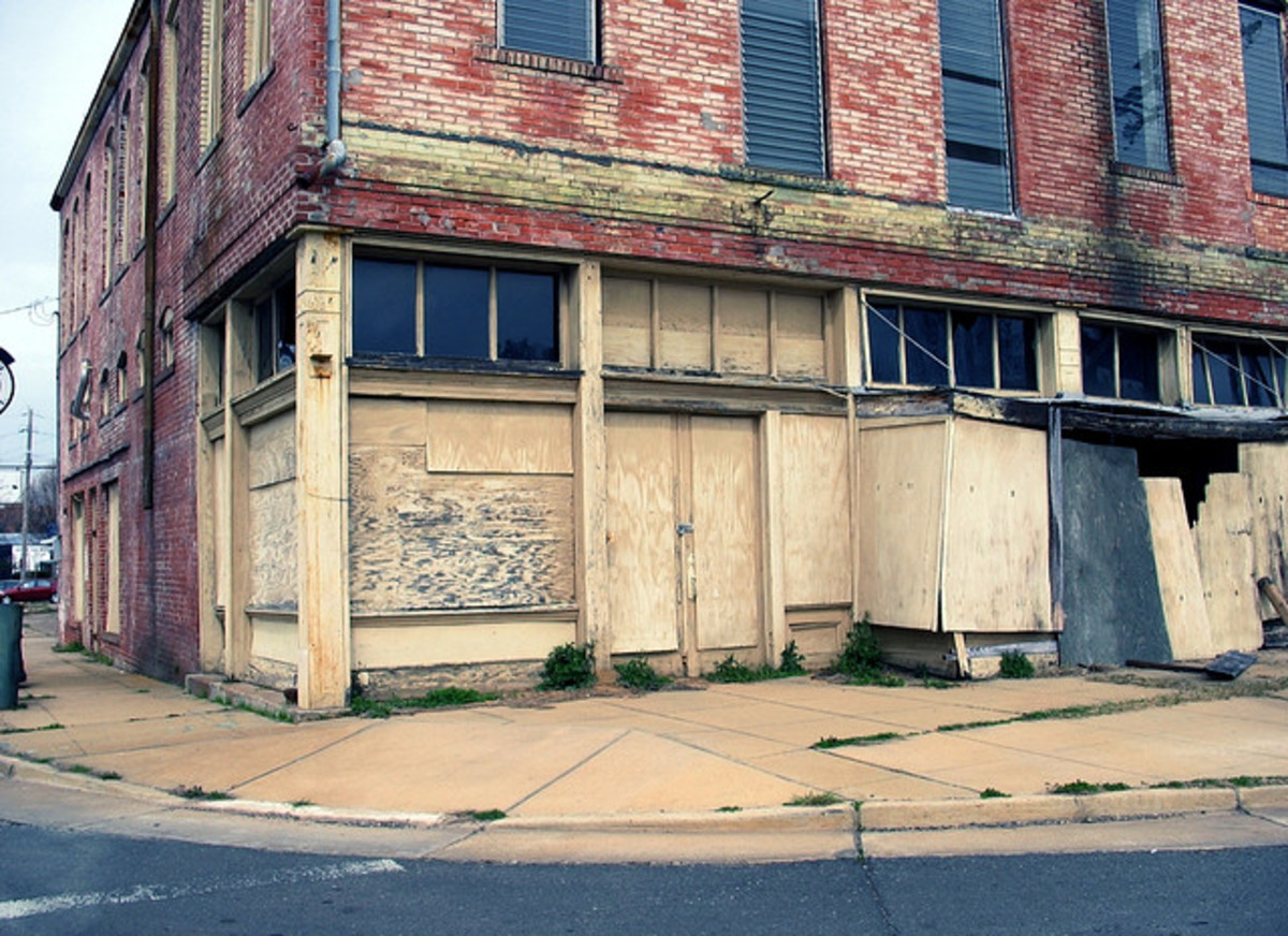 Urban decay has left this building in poor shape.