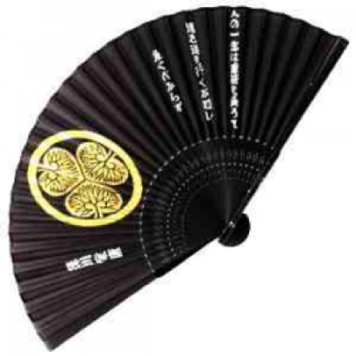 hand-fans-2