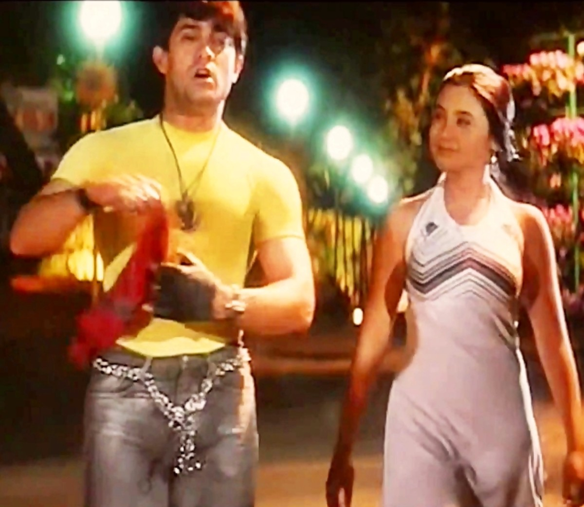 Aamir Khan & Rani Mukherjee in Aati kya Khandala...: A great number with two great actors on screen