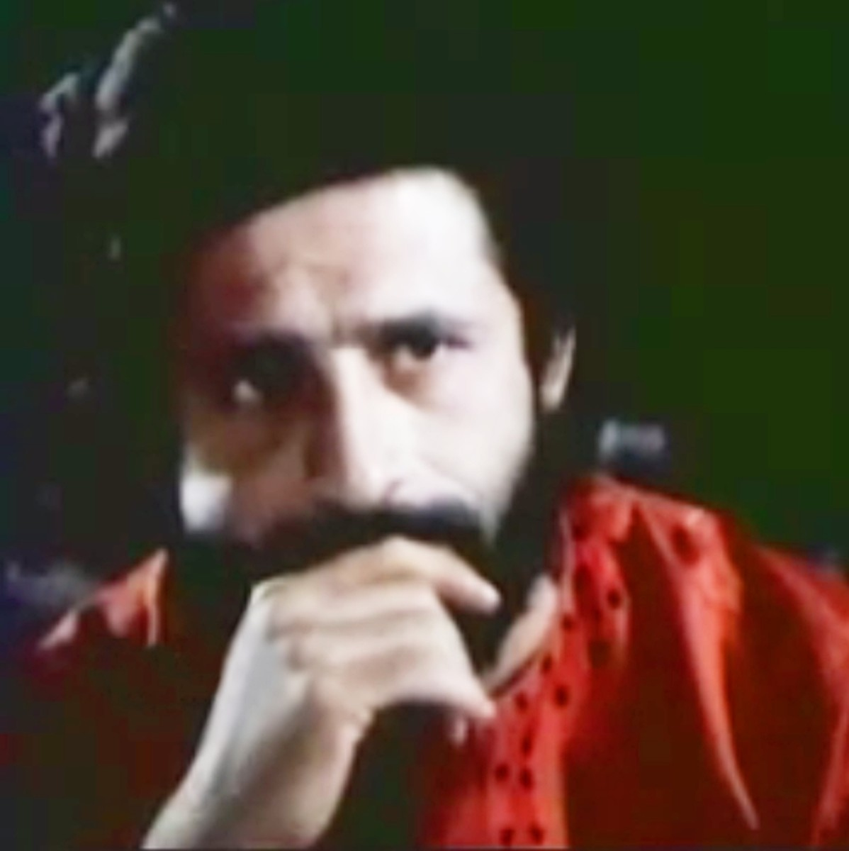 Naseeruddin Shah in Dikhayi diye yun... :A song enacted with eyes and face only