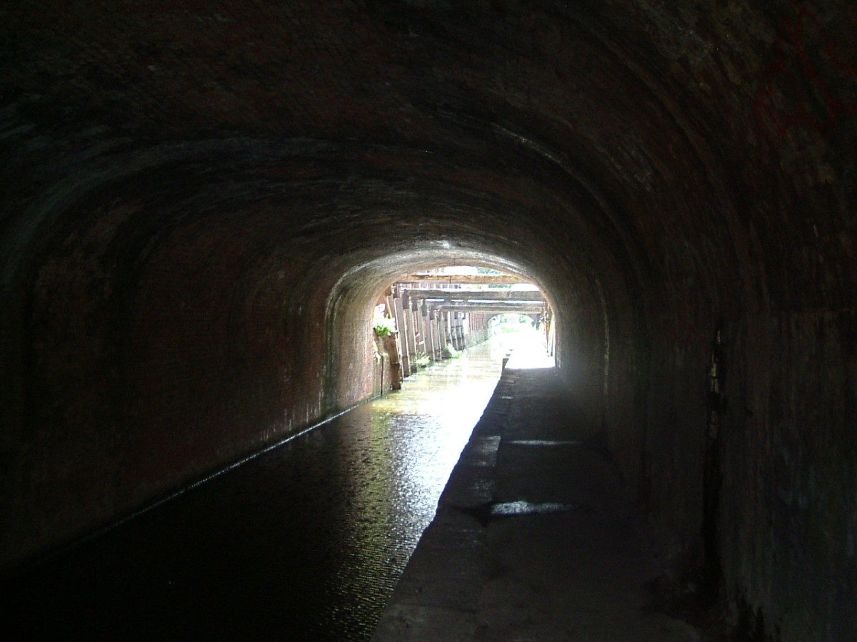 The Tunnel which was the last extension to the canal, to allow the link to the docks