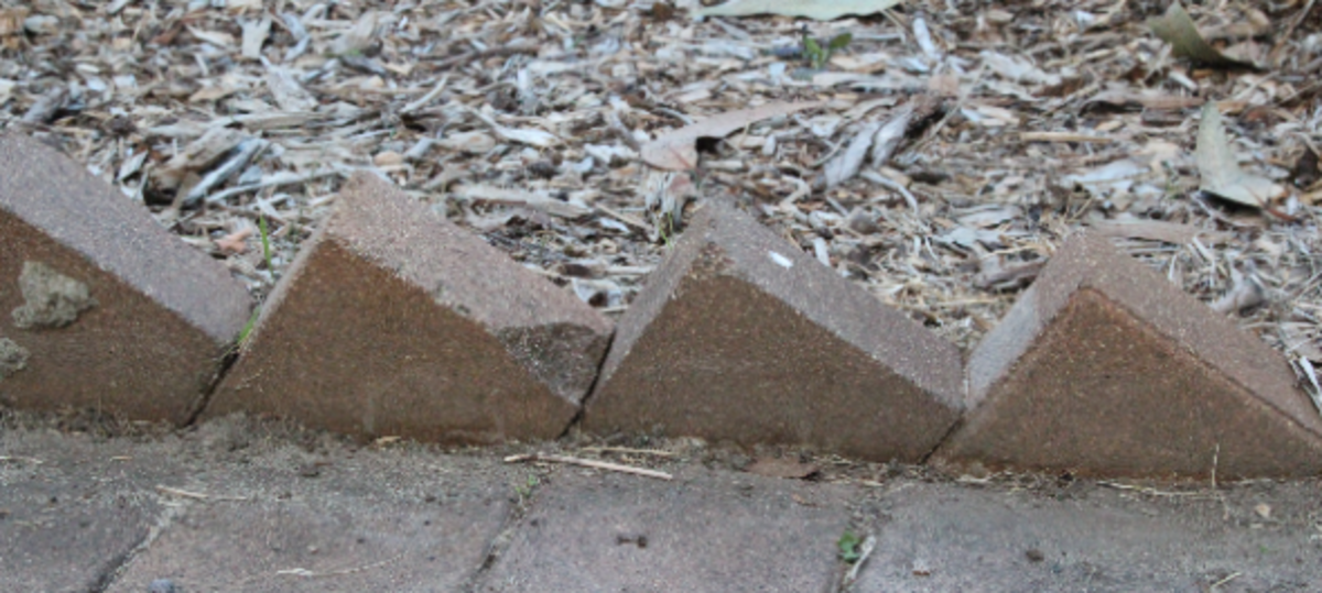 sawtooth brick garden edging