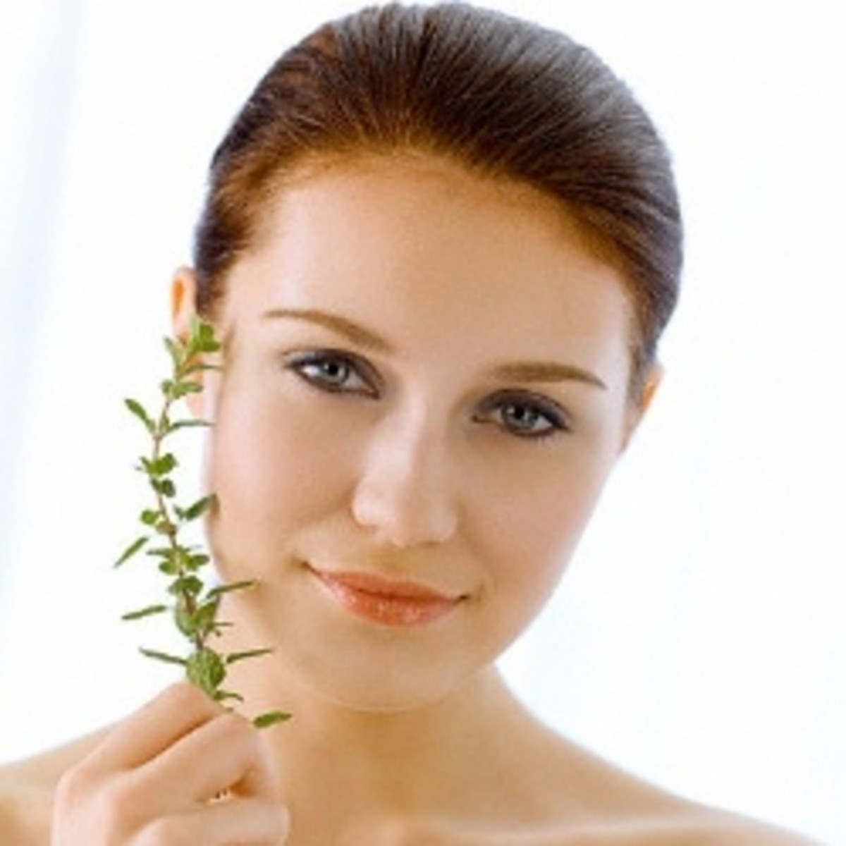 How To Get A Glowing Complexion Naturally