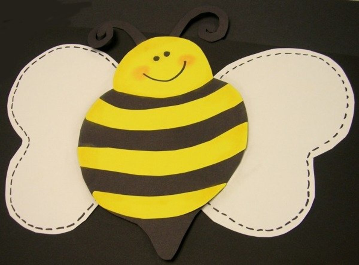 A paper-pieced bumblebee.