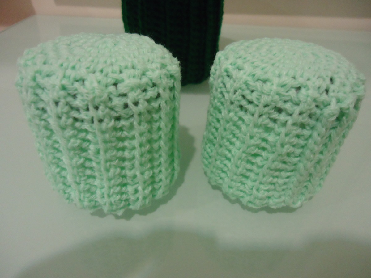Barbie Ottoman Chair Cover (Free Crochet Pattern)